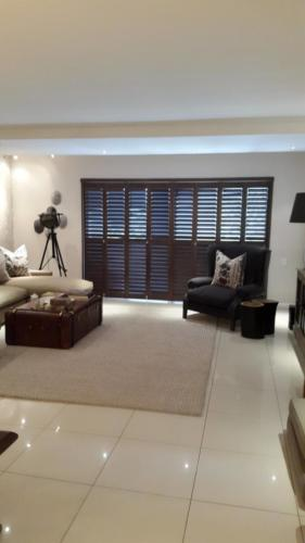 Blind Time Shutters